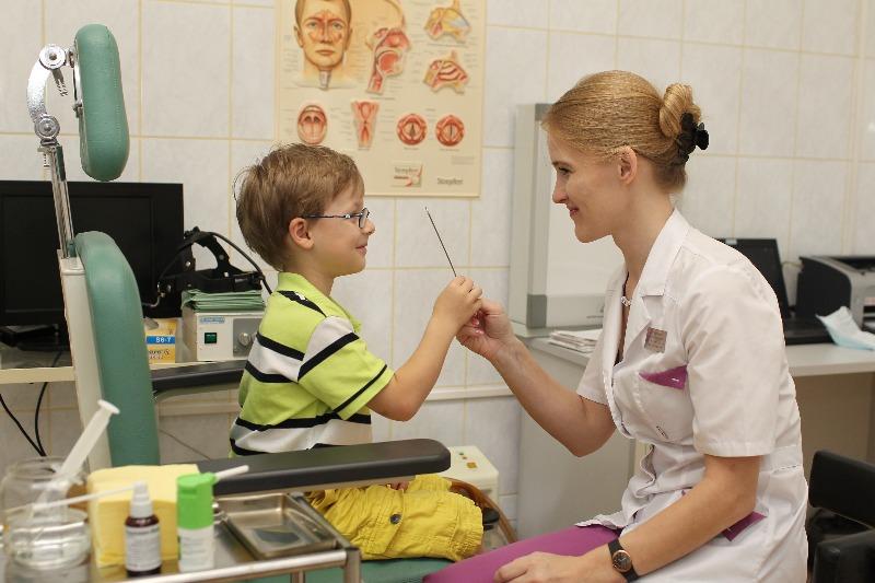 лечение острого тонзиллита у детей